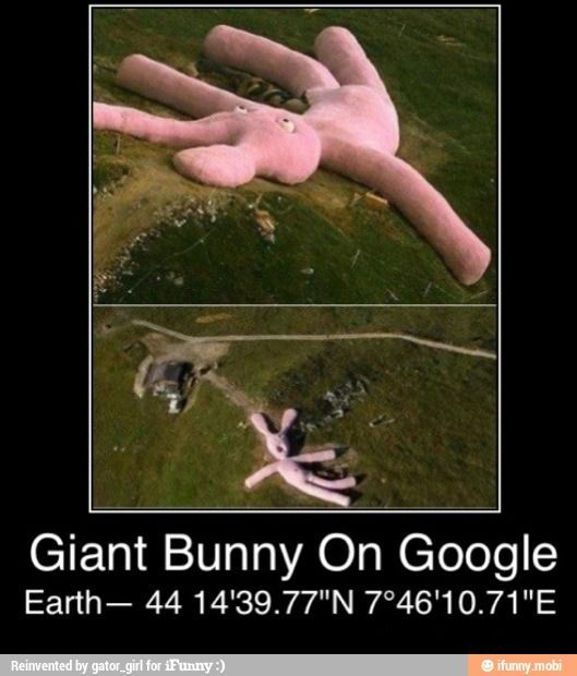 It S There I Don T Know What It Is But It S There Copy And Paste Into Google Satellite Or Earth 44 14 39 77 N 7 Fun Facts Wtf Fun Facts Funny Pictures