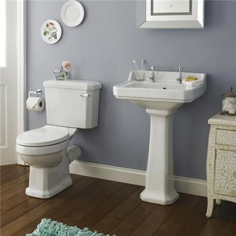 Nuie Carlton 4 Piece Traditional 2th Bathroom Suite 560mm Basin With Images Traditional Bathroom Suites Traditional Bathroom Bathroom Suite