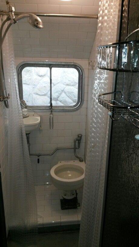 1948 victor supreme bathroom campers glampers home for Rv bathroom wallpaper