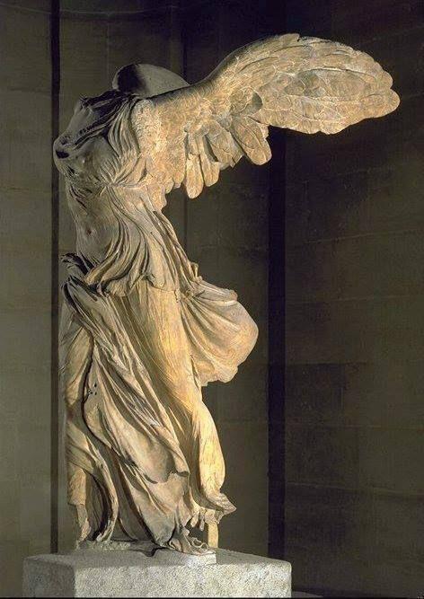 Nike Di Samotracia 200 180 A C Parigi Louvre Winged Victory Of Samothrace Sculpture Art