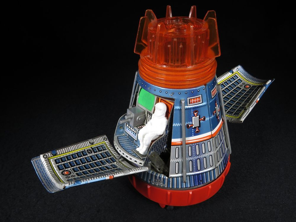 super apollo space capsule - photo #1