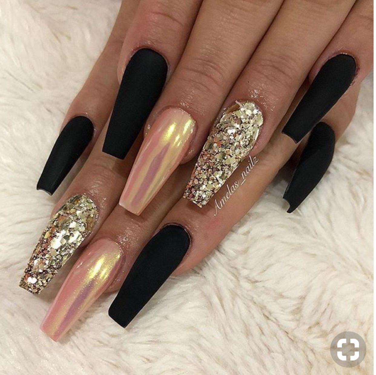 Pin By Elo Die On The Art Of Nails Coffin Nails Long Black Coffin Nails Chrome Nails
