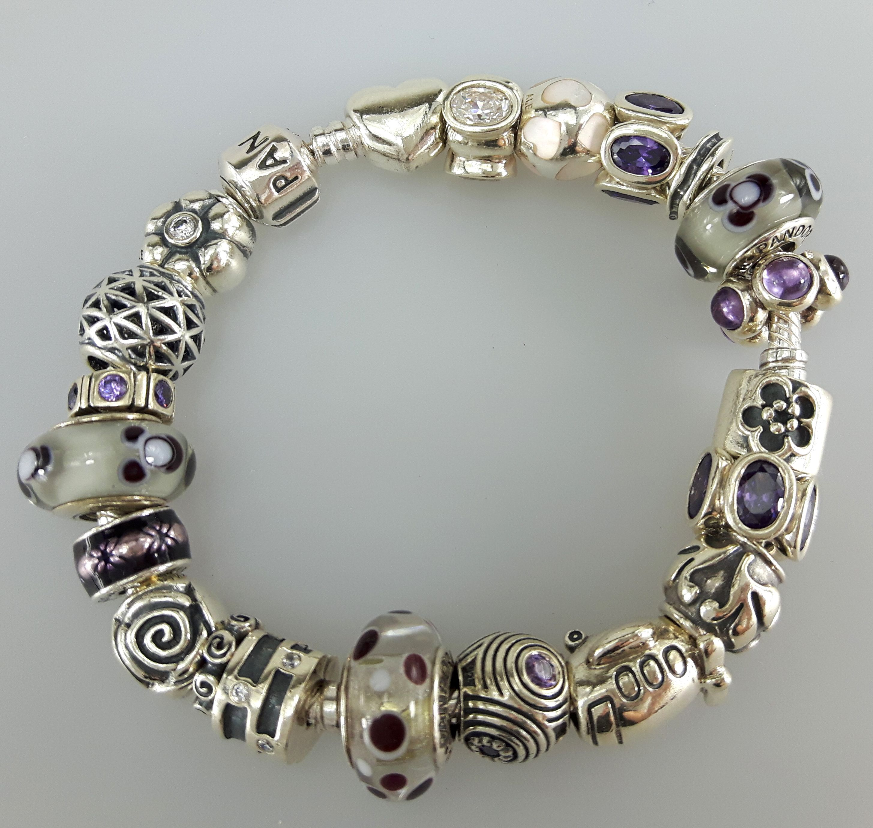 Who Sells Pandora Jewelry: Sell Pandora Jewelry With Us (With Images)