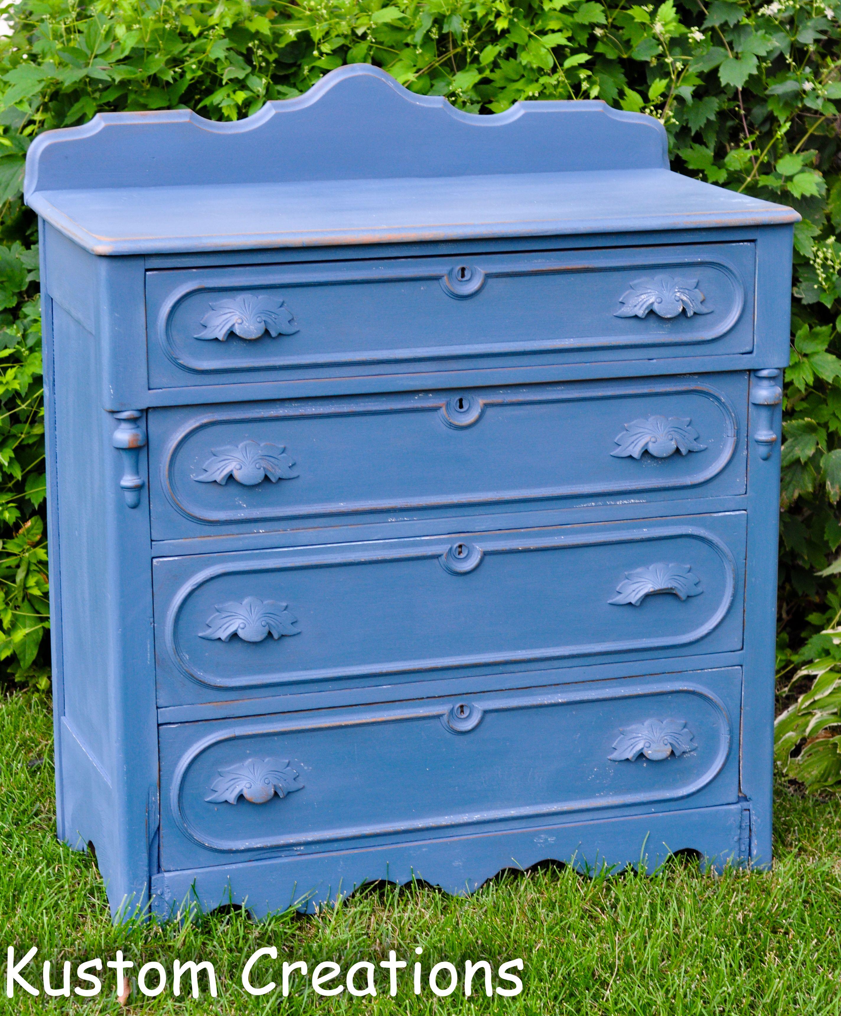 Auction Dresser - Midwest Junk