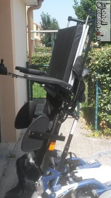 fauteuil verticalisateur annonces handi occasion pinterest fauteuil roulant electrique. Black Bedroom Furniture Sets. Home Design Ideas