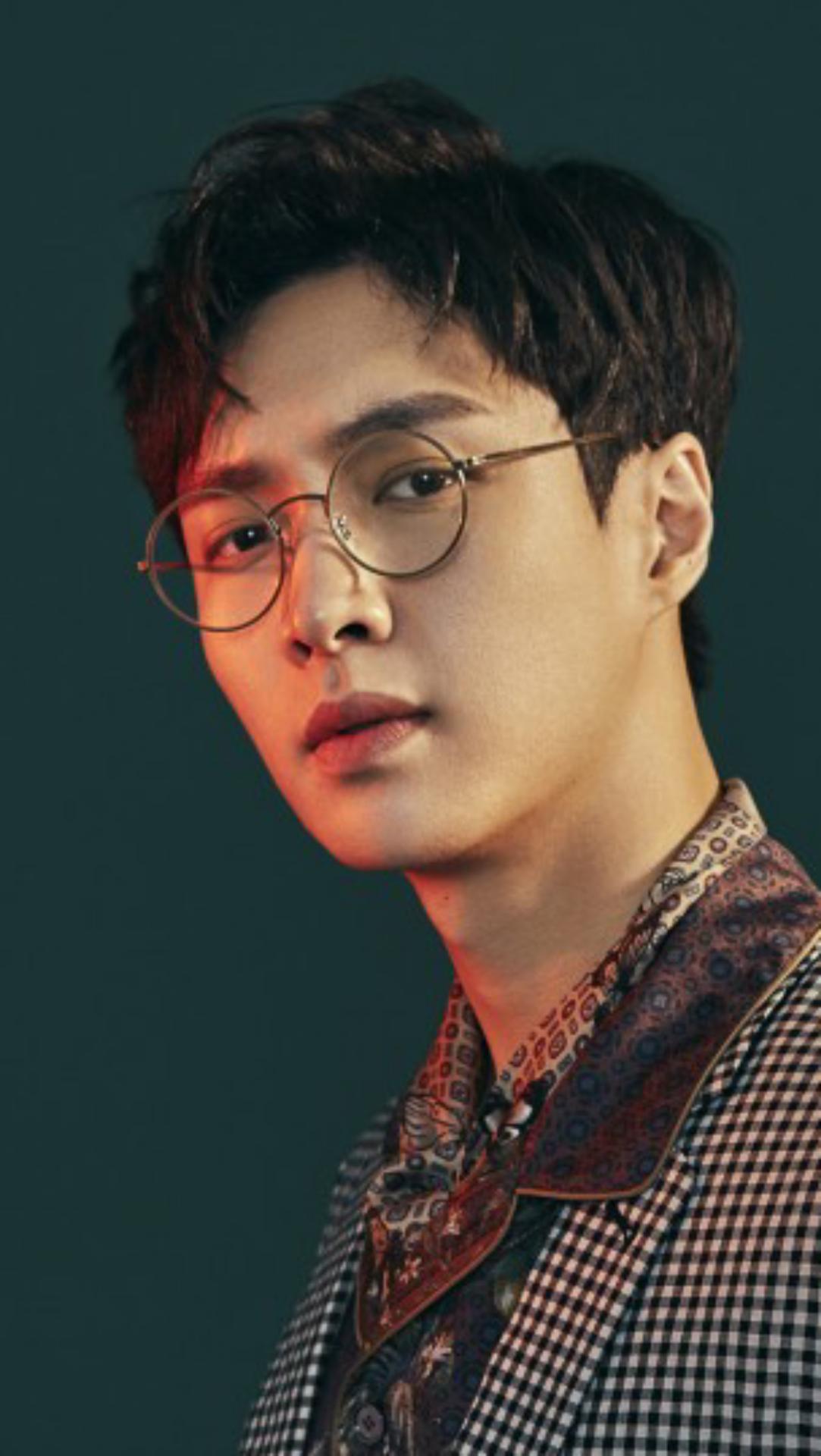exo lay wallpaper handsome man smtownkpop