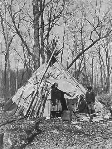 Members Of The Dorr Family At A Maple Sugar Camp On Mille Lacs