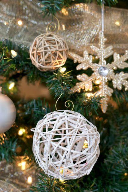 Livelovediy 10 Christmas Diy Ideas Christmas Decorations Diy Christmas Ball Christmas Diy