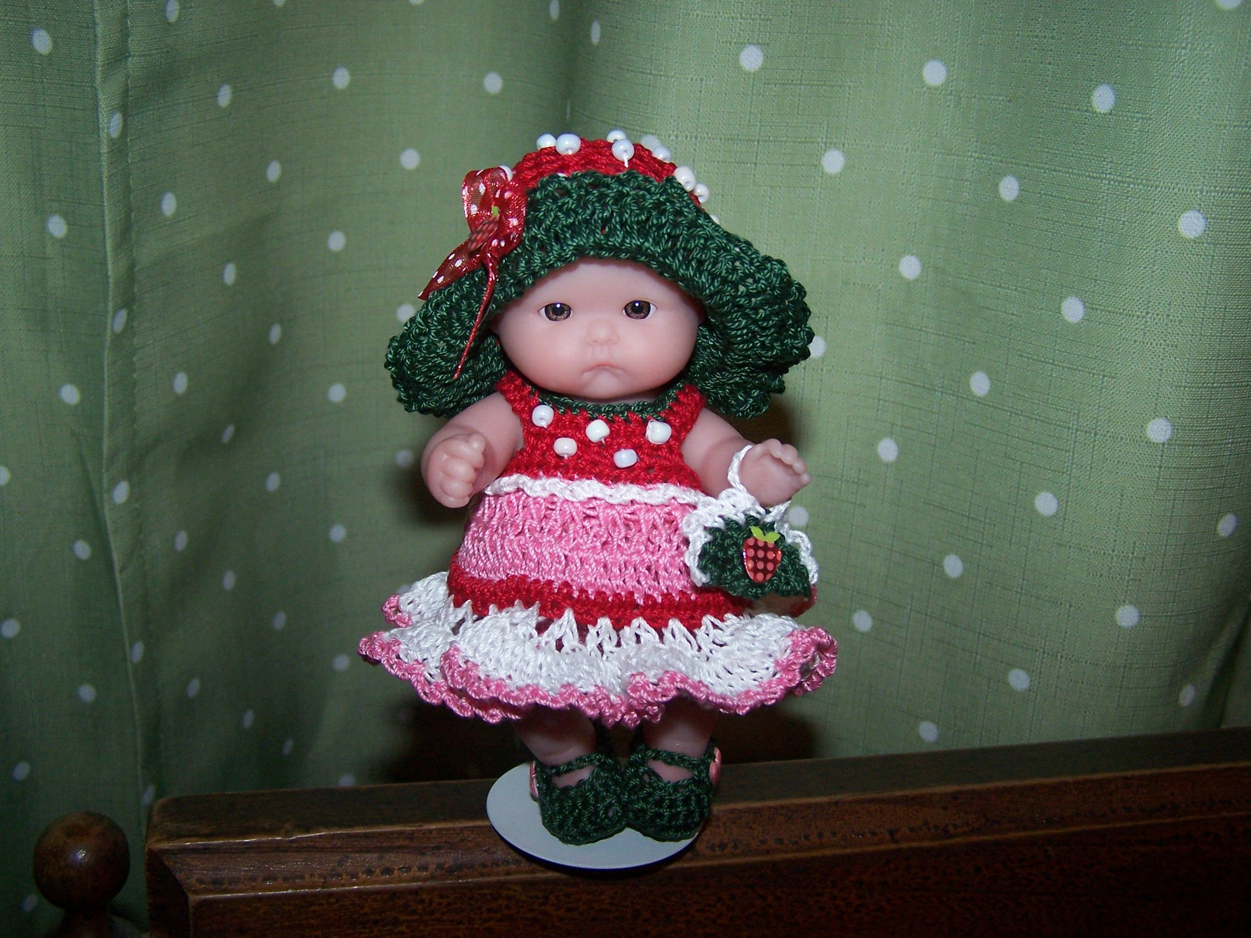 Strawberry Outfit # 236