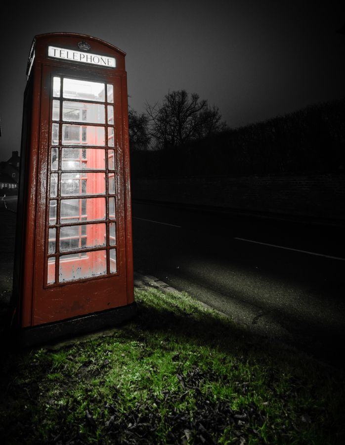 Traditional British phone box in Kibworth.