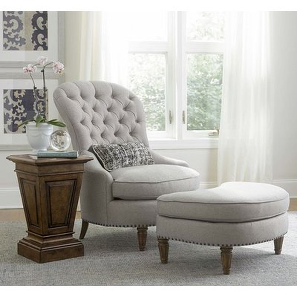 Accent Chairs Design Ideas Match With Farmhouse Style Home