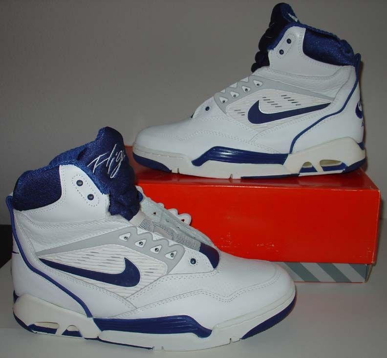 sale retailer d36e5 1fe28 Nike Air Flight 90 1989 mid top