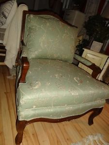 New Never Sat In Two Lazyboy Bergere Chairs Edmonton Edmonton