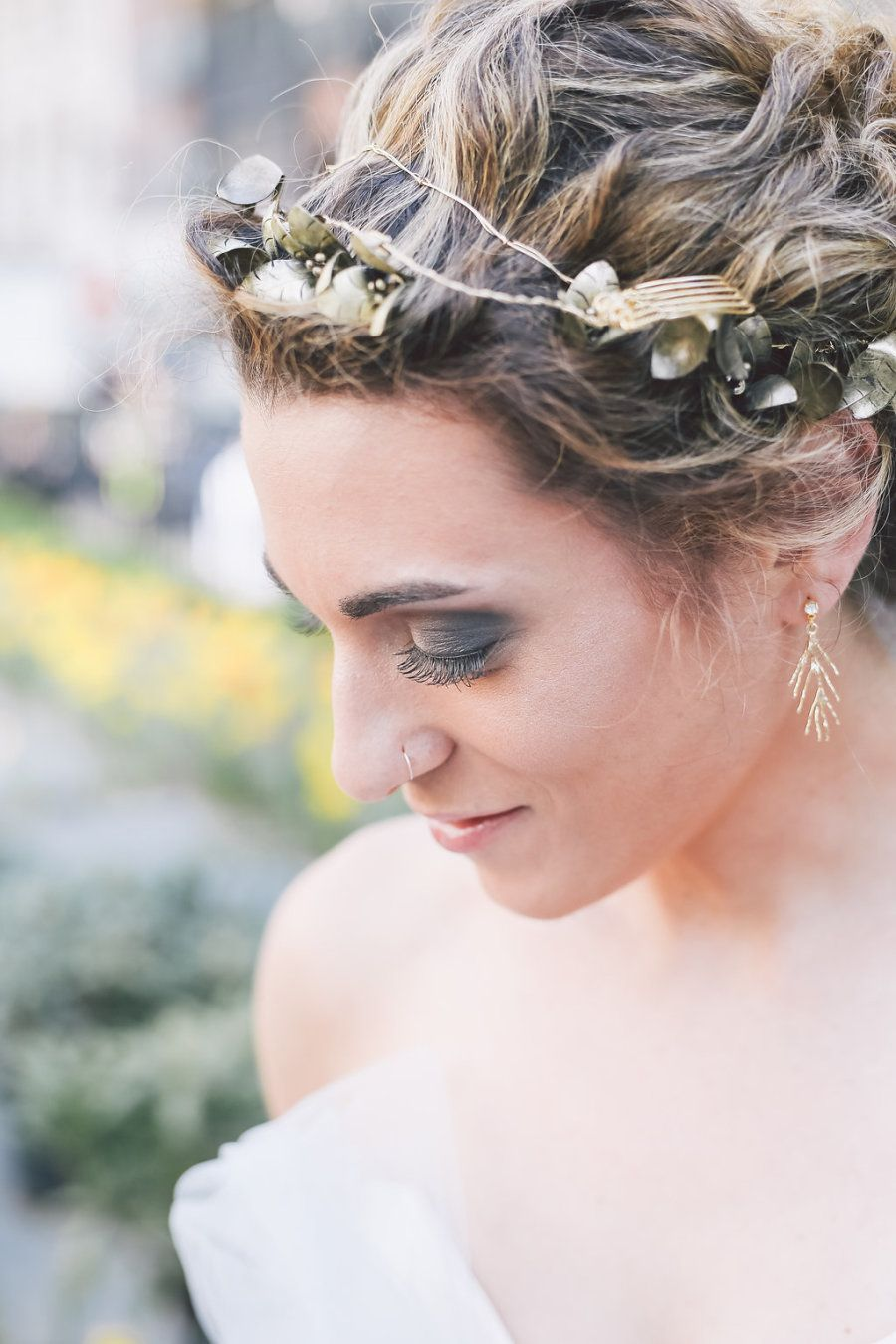 Photography : OLLI STUDIO Read More on SMP: http://www.stylemepretty.com/tri-state-weddings/2016/06/02/amazing-photography-from-olli-studio-a-wedding-package-giveaway/