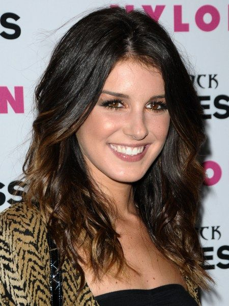 Shenae Grimes. Annie 11 she is gorgeous in person! | TV ...
