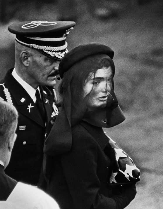 Jacqueline Kennedy, Arlington, Virginia, USA, 1963. © Elliott Erwitt/Magnum Photos/Courtesy of teNeues