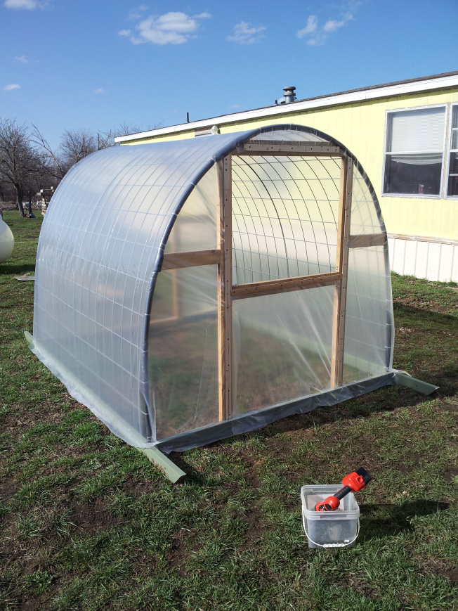 How To Build A Cattle Panel Greenhouse