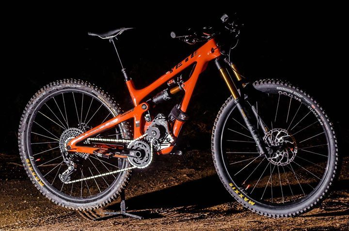 amazing yeti sb 150 with lift mtb hxr motor probably the best e bike on the market fast. Black Bedroom Furniture Sets. Home Design Ideas