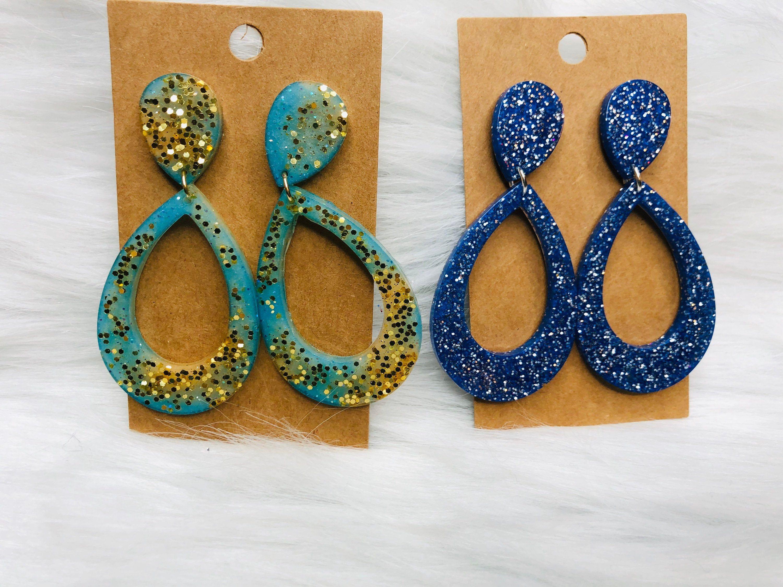 Glitter resin earrings in 2020