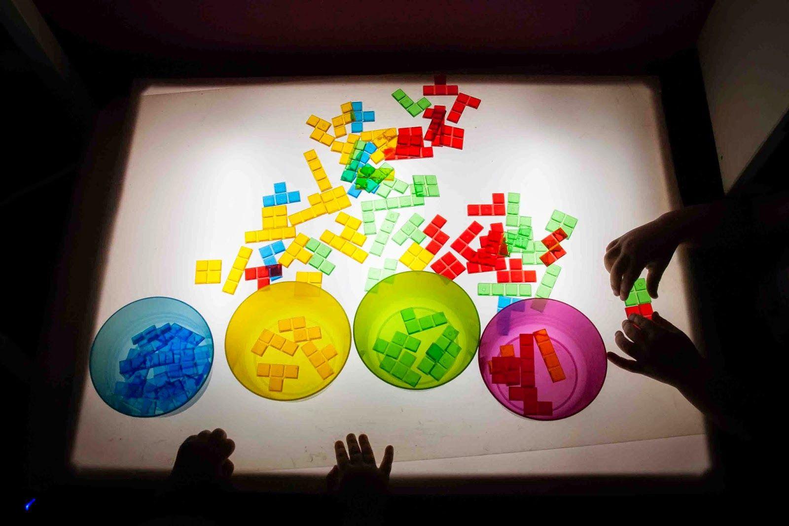 Tigriteando Nuestros Materiales Para La Mesa De Luz Mesas De Luz Luces Caja De Luz