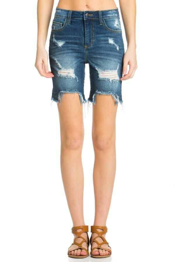 bb8667dc88 High-Rise Straight Hem Fray Short | SHORTS AND BERMUDAS | High jeans ...