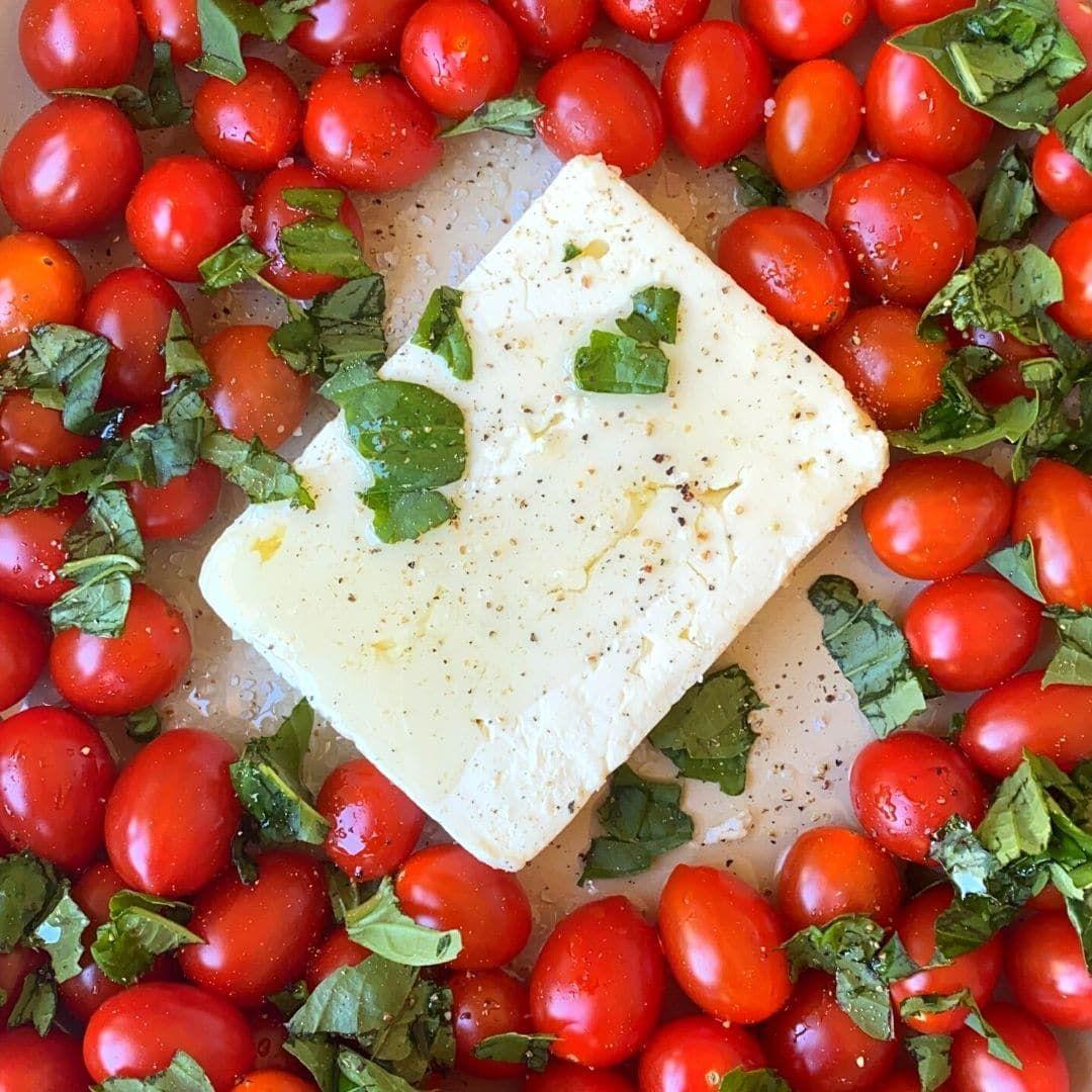 TikTok Baked Feta Pasta with Tomatoes (Viral Recip
