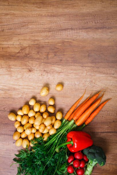 potatoes with carrot brocoli and pepper radish
