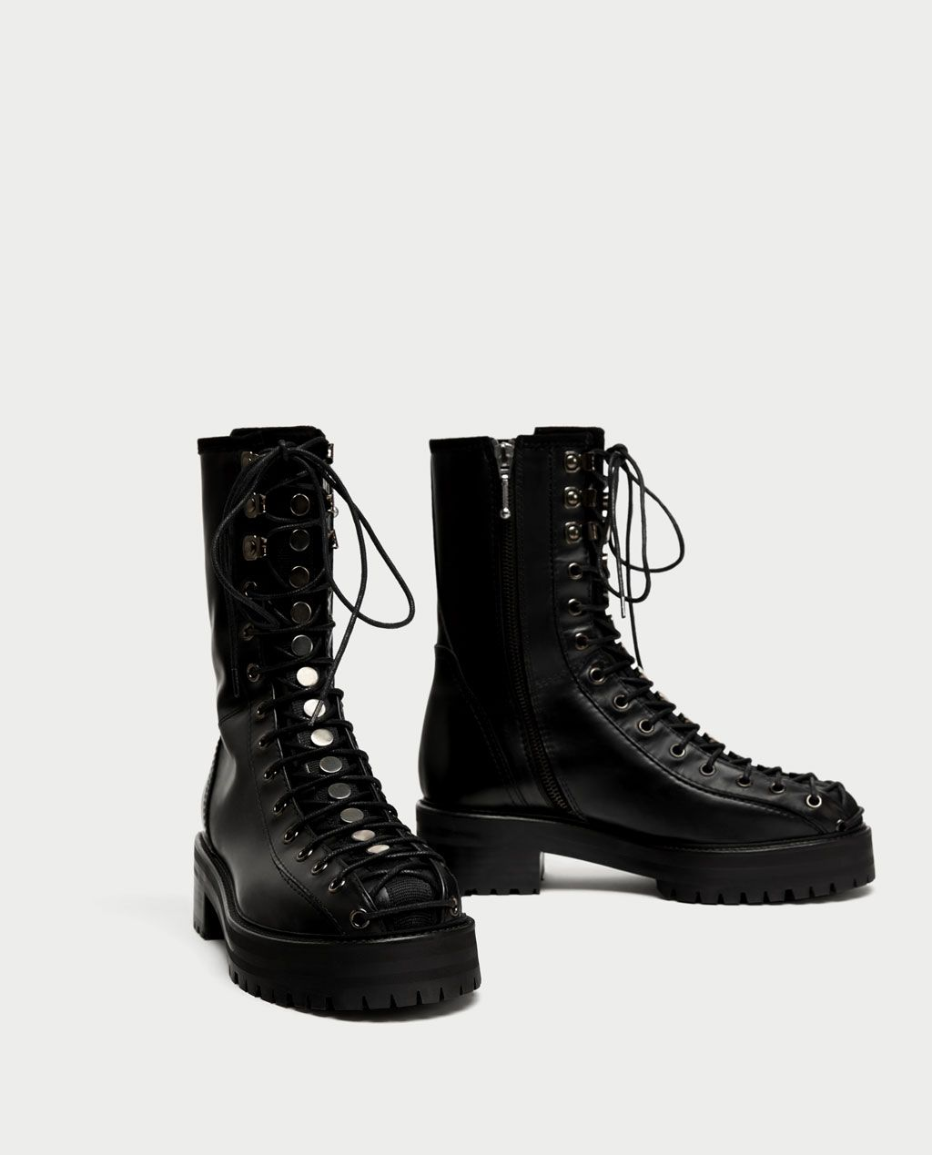 FLAT LEATHER LACE-UP ANKLE BOOTS