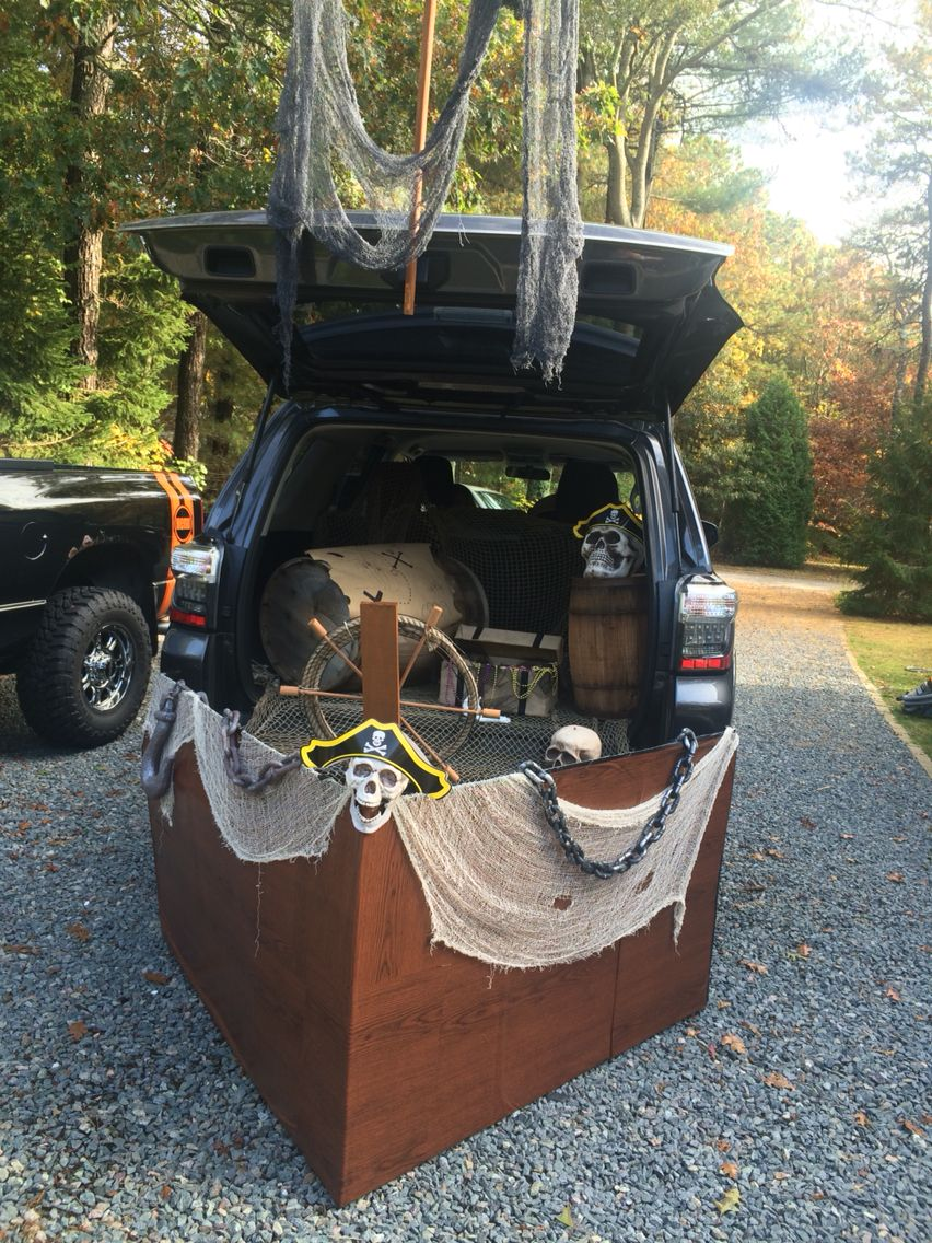 Halloween Pirate Decorations Ideas.Pirate Ship Trunk Or Treat Peterson Trunk Or Treat Trunk
