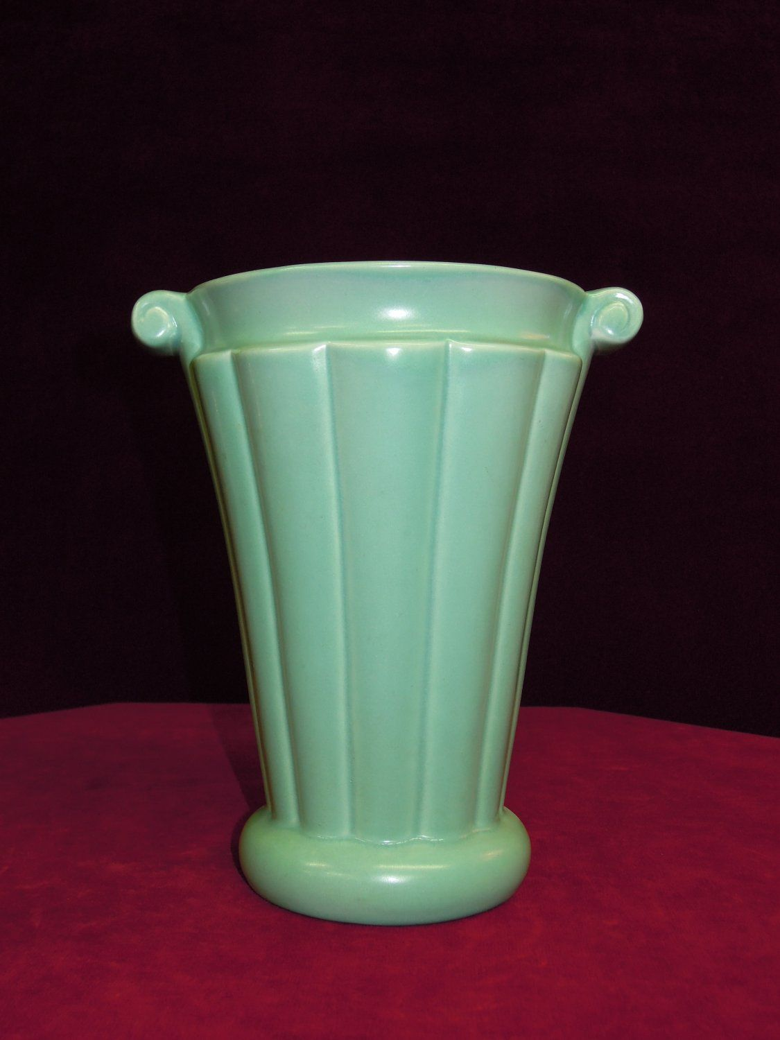 Red wing vase green 890 1940s red wing pottery pinterest red wing vase green 890 1940s reviewsmspy