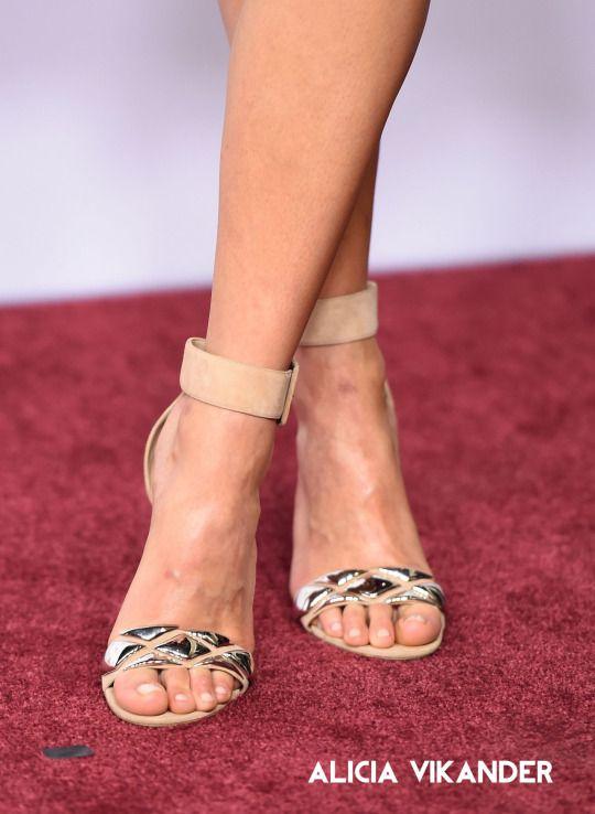aldo shoes for women emelyne michelle trachtenberg feet barefoot