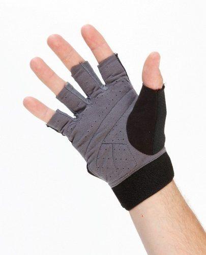¿Ya tienes tus guantes para hacer pesas y cardio en el gym  Te recomendamos  estos de Nike.  nike  guantes  hombre  gym  fit  sport 3fefff7279c