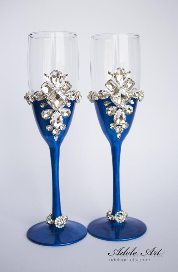 Champagne Blue And Silver Wedding Flutes Set Of 2 Wedding Glasses Bride And Groom Brilliant Wedding Champagne Glasses Hand Painted Wedding Glasses Wedding Flutes Champagne Flute Glasses
