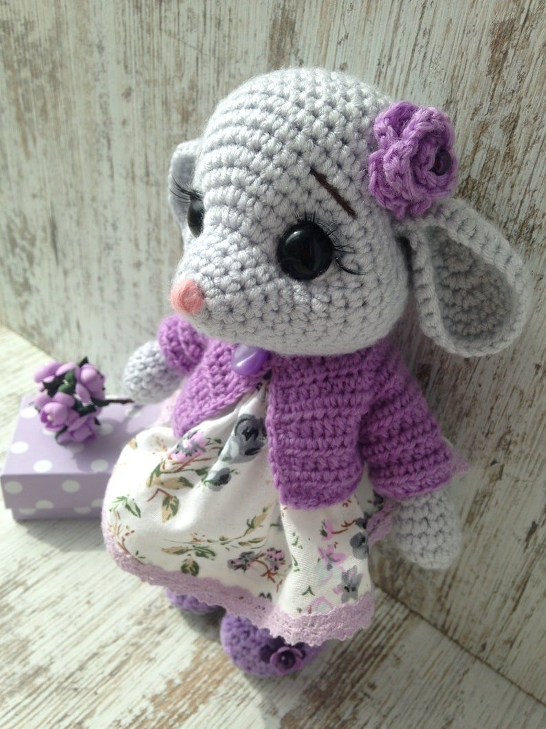 Amigurumi mouse in overalls free pattern amigurumi