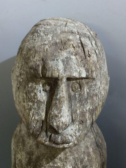 Online art auction houses