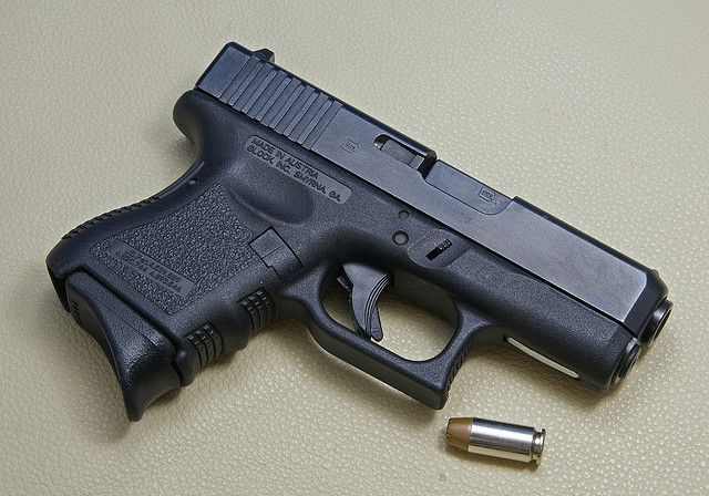 My Daily Carry Glock 27 40 Cal Guns Pinterest Guns Firearms