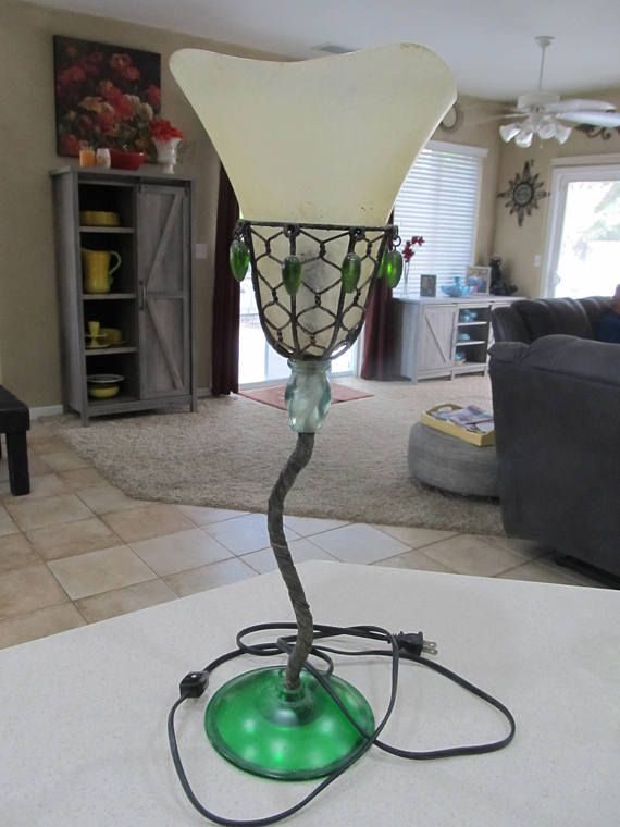 Crazy Art Deco Lamp Art Deco Lamps Art Deco Weird Art
