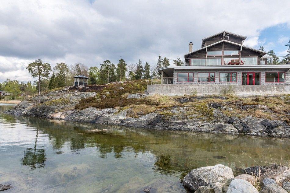 modern Swedish house - Tavastbodaviken, Sweden
