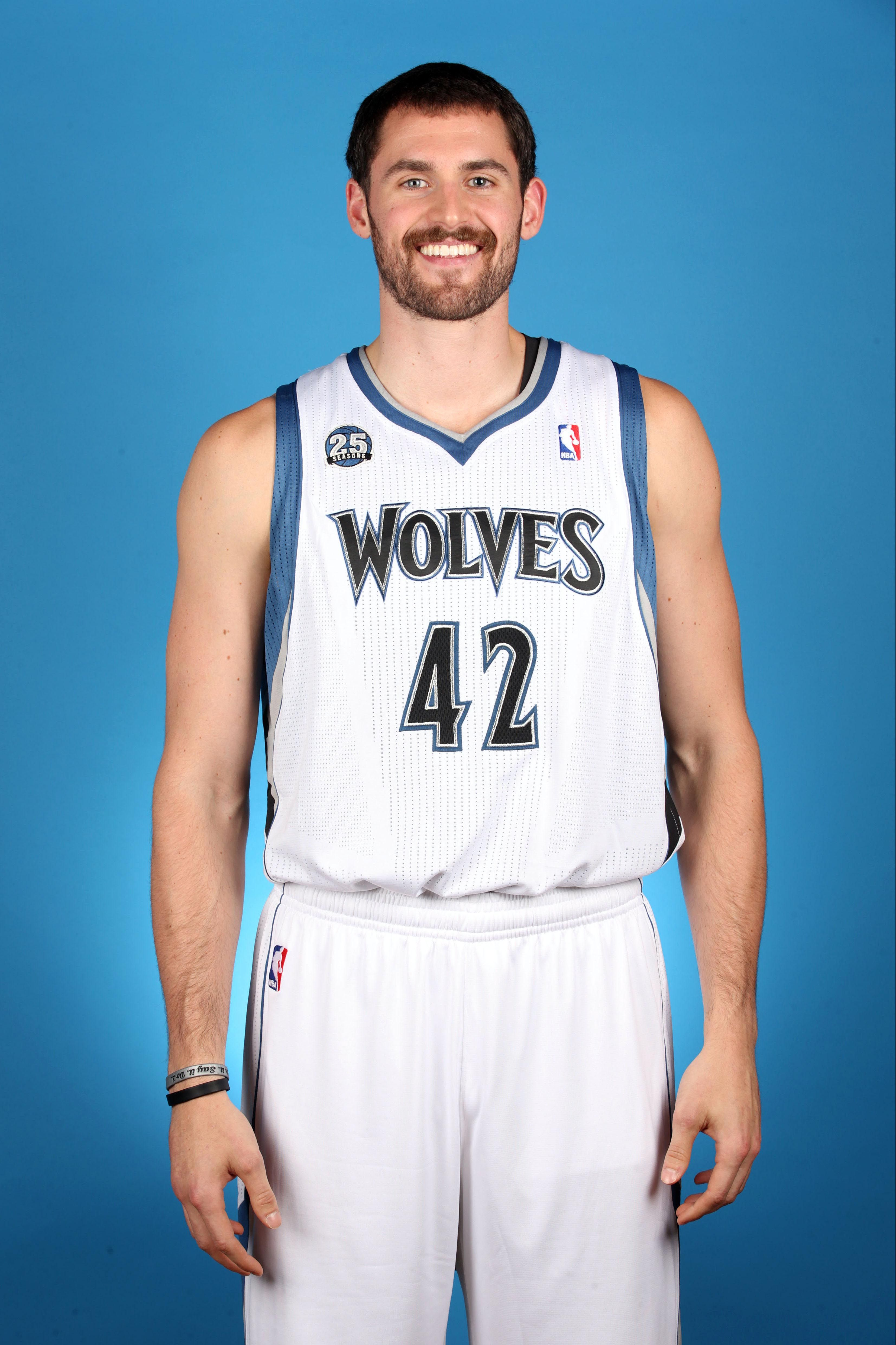 "fa65e95f8 NBA s Kevin Love wins ""White Guy Award""!"