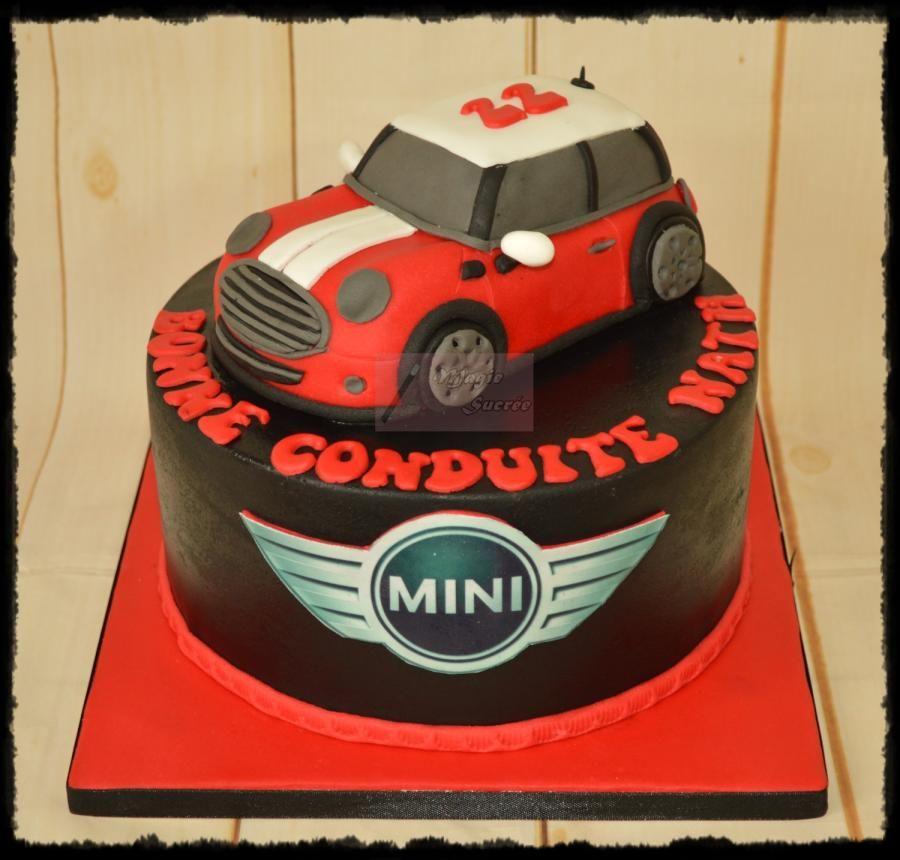 Mini Cooper Cake by magiesucree cool Pinterest Mini cooper