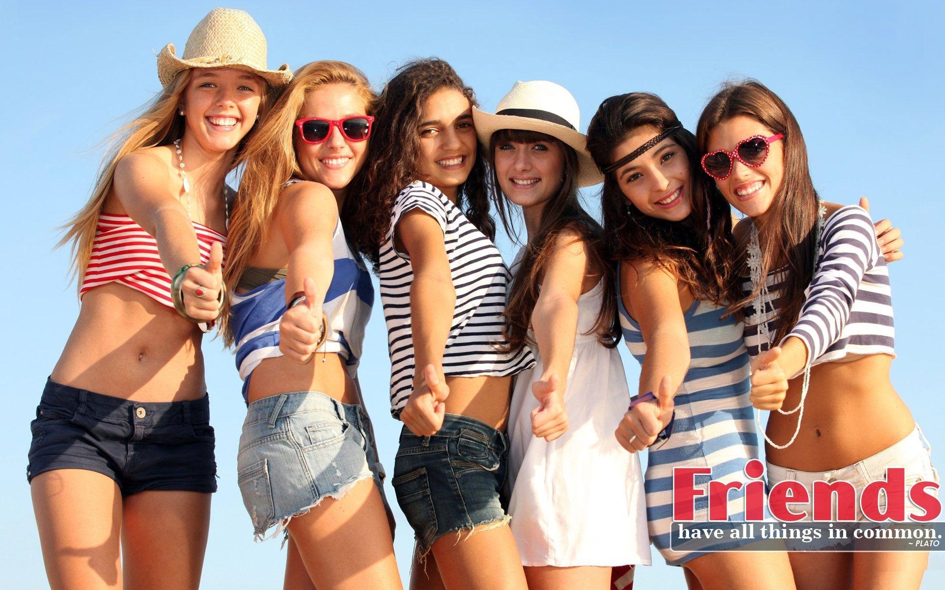 Girls Friends Hd Wallpaper Best Friendship Quotes Hd Desktop