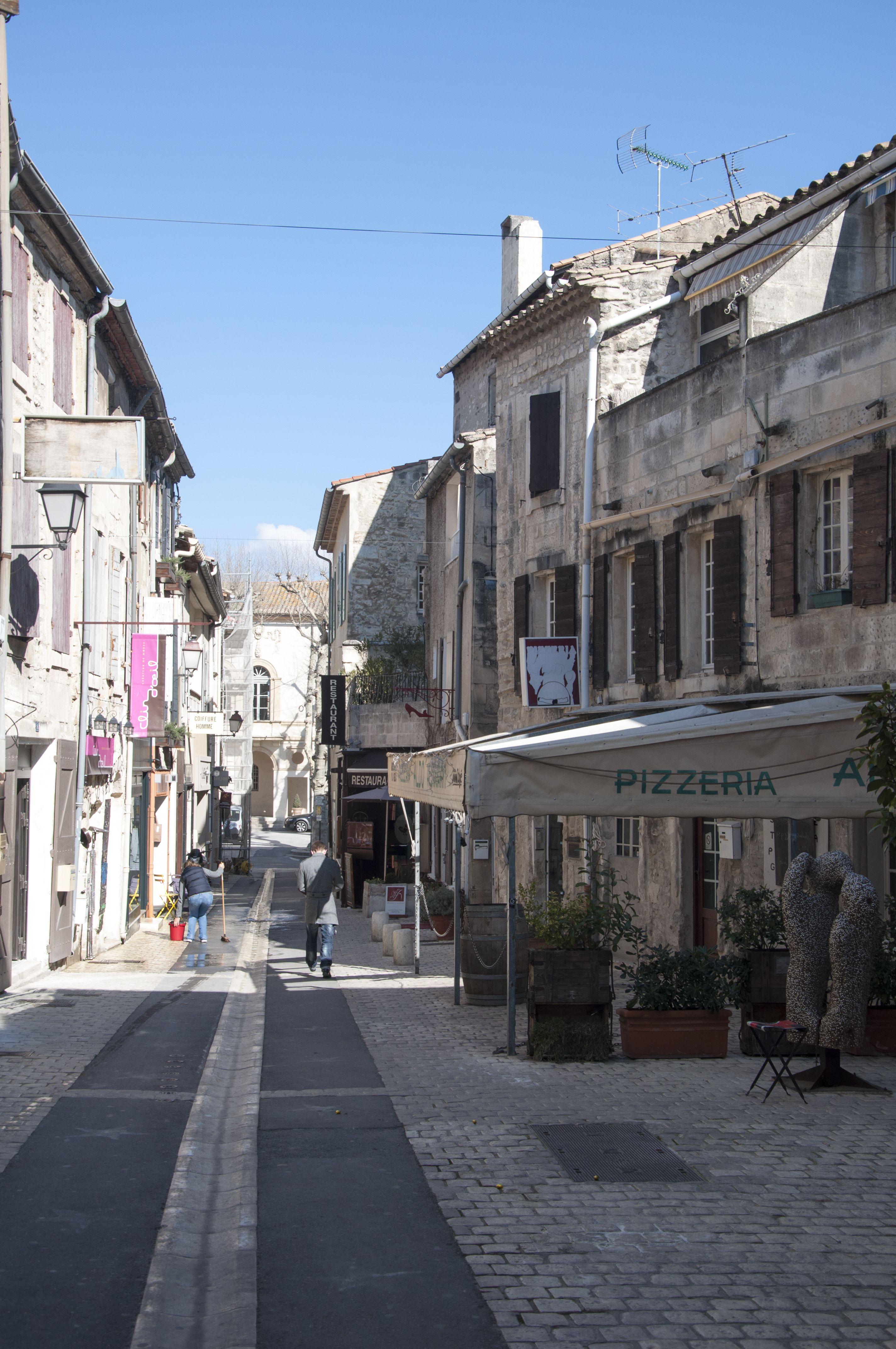 Saint Remy De Provence France Baux De Provence Paysage Fos Sur Mer