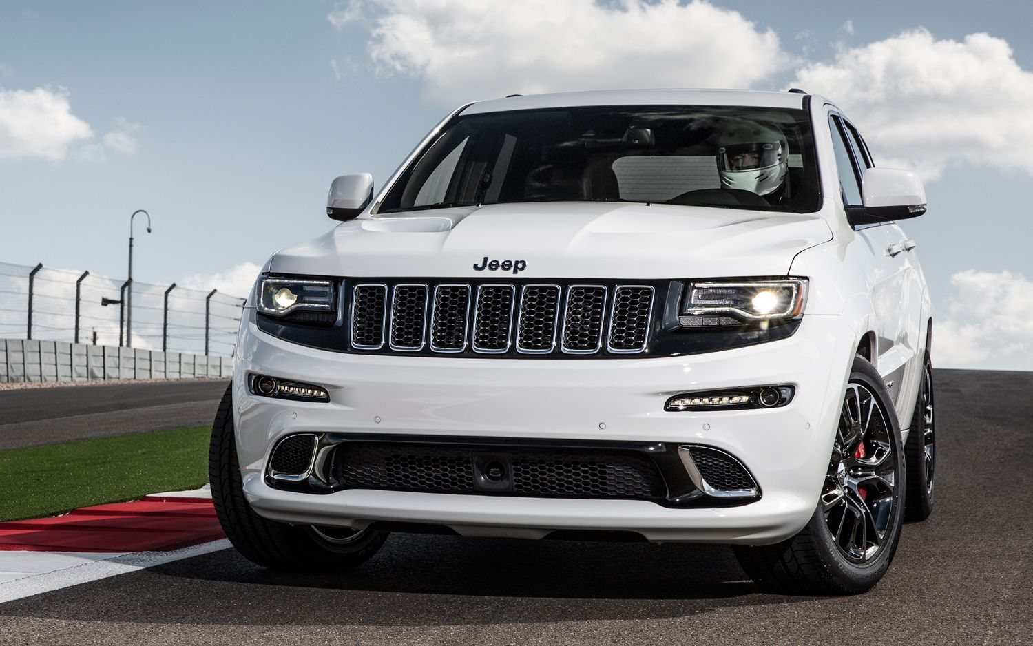 Wonderful 2014 Jeep Grand Cherokee SRT Track Drive Photo Gallery