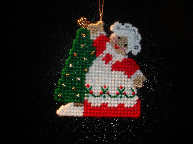 Mrs Claus Ornament | Christmas | Pinterest | Kreuzstich