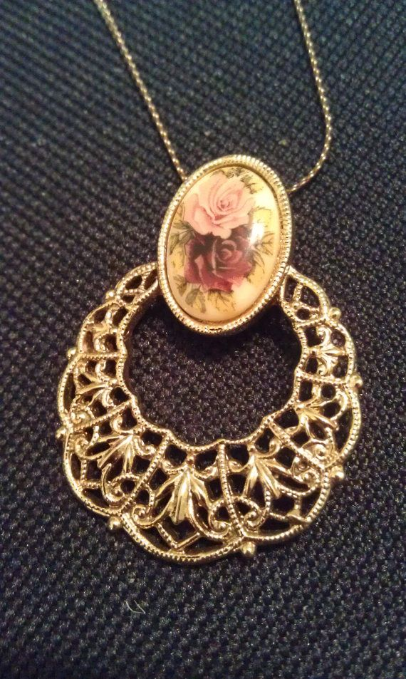 70\'s style flower gold necklace by AyRiDesigns on Etsy | My etsy ...