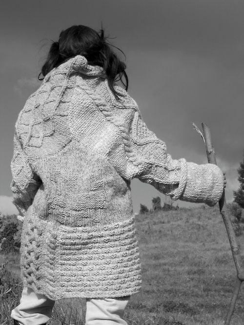 Decorialab knitwear Studio www.decorialab.com  #RadInEveryWoman #StilettoSandwich