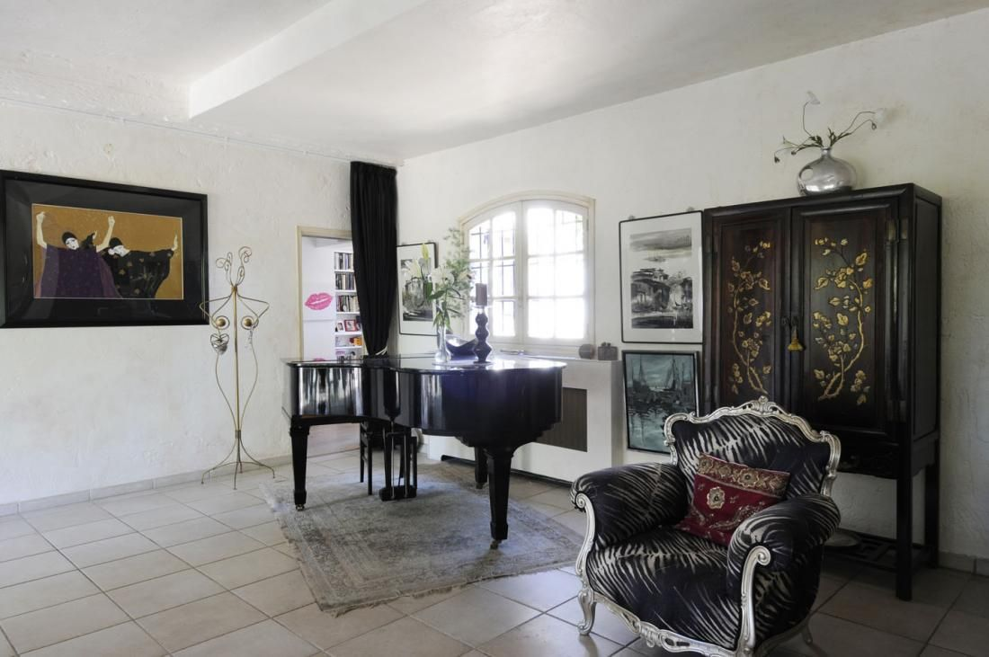 living modern french country grand piano black