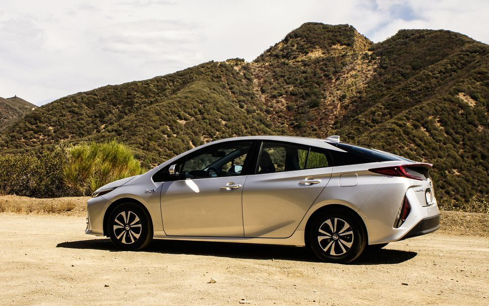 A New Best For Prius Hybrid Autos Y Maestros