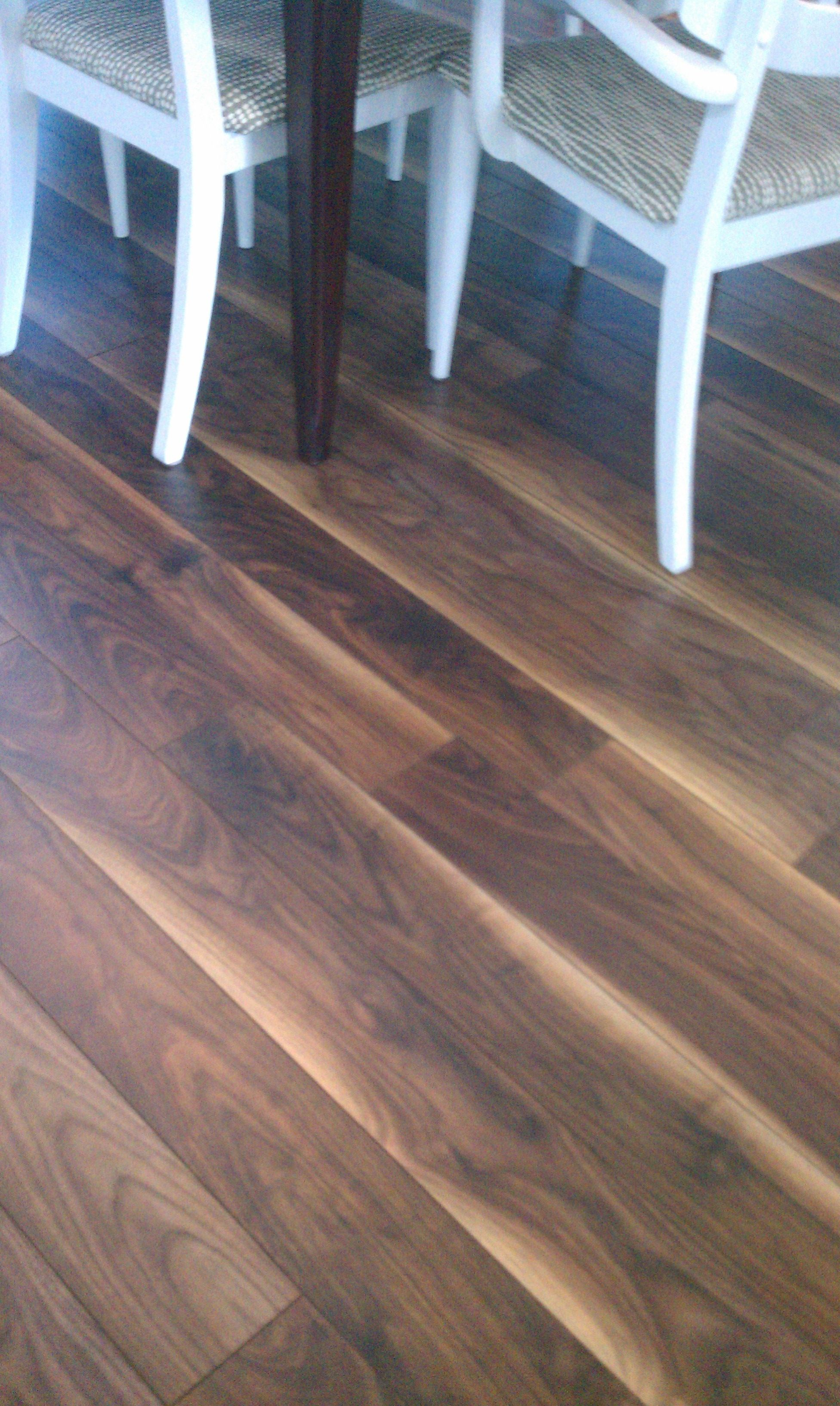 I Love The Blonde Streaks That Run Though This Floor Stretto Black Walnut