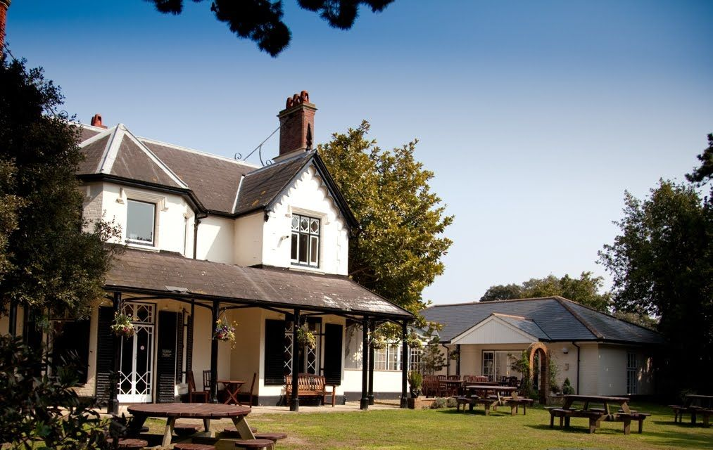 The Alverbank Country House Hotel In Gosport Hampshire Http Www Hotchocolates
